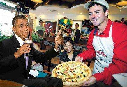 Papa John's pizza CEO John Schnatter with Obama