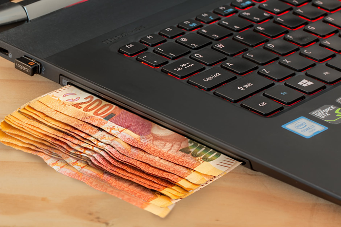 Online Strategies for Making Money